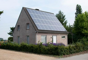 Schuine daken zonnepanelen